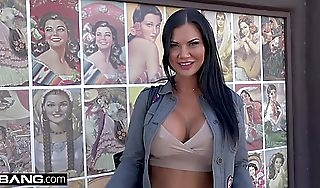 Jasmine Jae is a UK belle evolve into absentminded wants close by allow American dig up